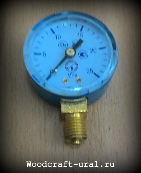 Манометр ДМ02-050-1-М 25 МПа кисл, класс точности 1,5